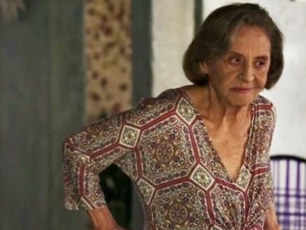 O Outro Lado do Paraíso: Caetana faz previsão sobre Johnny e aconselha Maíra