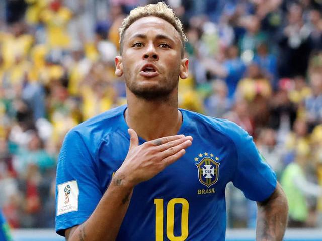Neymar volta ao país, toma providência inacreditável e causa espanto no próprio filho