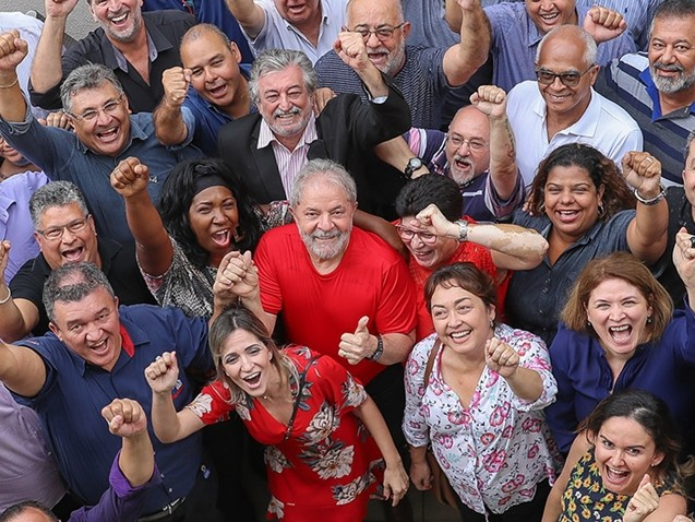 Lula vai a Porto Alegre