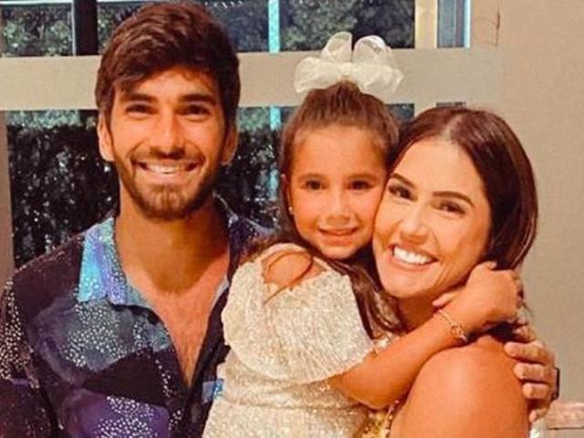 Fãs especulam gravidez de Deborah Secco após postagem nas redes sociais