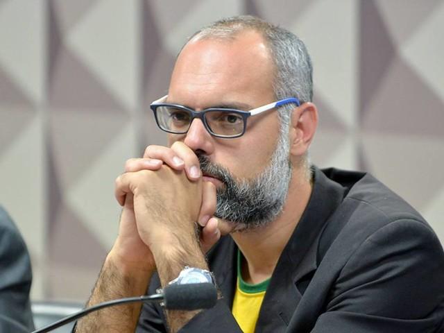 Allan dos Santos é suspenso do Twitter por 'discurso de ódio'
