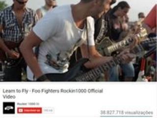 'Maior banda de rock do mundo' ganha placa no YouTube