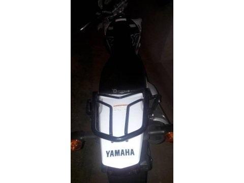 Yamaha nueva apenas 50 km