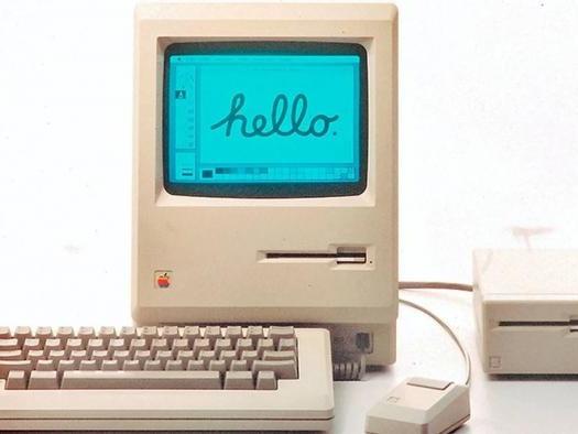 Quem lembra? Steve Jobs apresentava o primeiro Macintosh há 36 anos