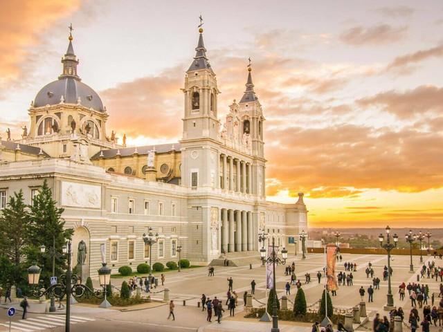 Argentina mais Espanha! Passagens para Buenos Aires e Madri na mesma viagem a partir de R$ 1.714!