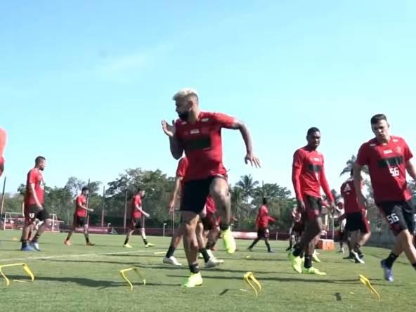 Flamengo se reapresenta após título da Flórida Cup