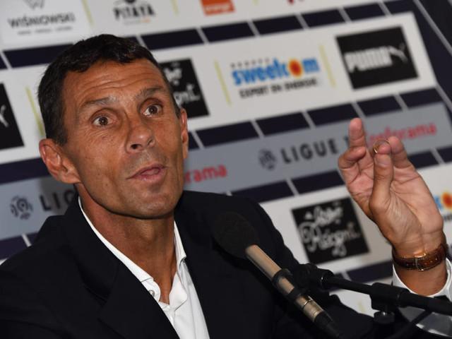 Técnico do Bordeaux é anunciado e diz que Malcom não deve sair