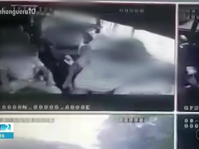 Suspeitos de se passarem por passageiros para assaltar van são indiciados pela polícia