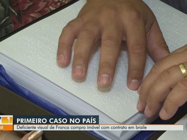 Morador de Franca, SP, é 1º a assinar contrato de financiamento de imóvel em braile, diz CEF