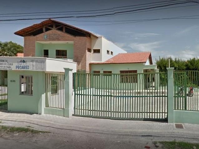 Chacina: bandidos atacam centro educacional e matam quatro adolescentes em Fortaleza