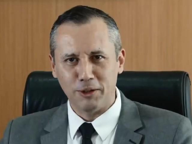 Bolsonaro demitiu Alvim pela repercussão e não pelo nazismo