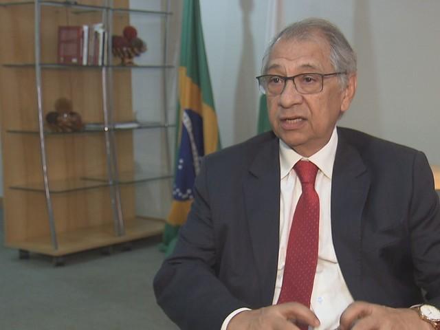 Novo secretário de Educação do DF é nomeado após impasse sobre PM nas escolas