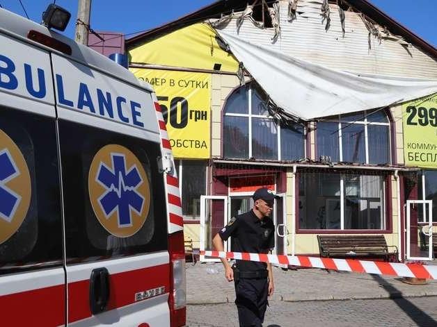 Incêndio em hotel deixa oito mortos na Ucrânia