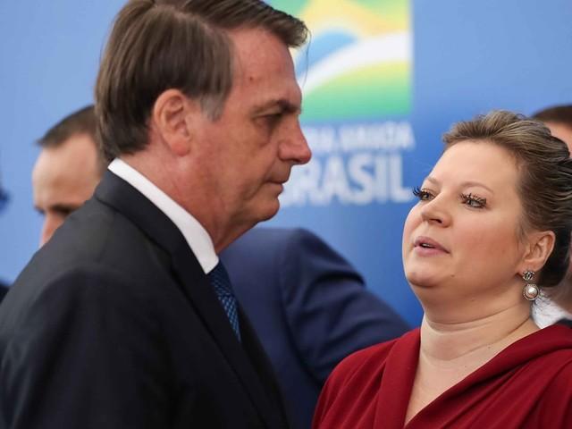 Joice admite a existência de uma milícia virtual a favor de Bolsonaro