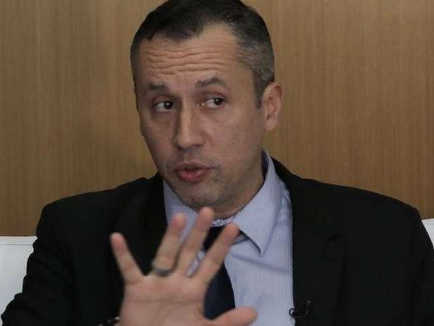 Secretaria suspende edital proposto por Roberto Alvim