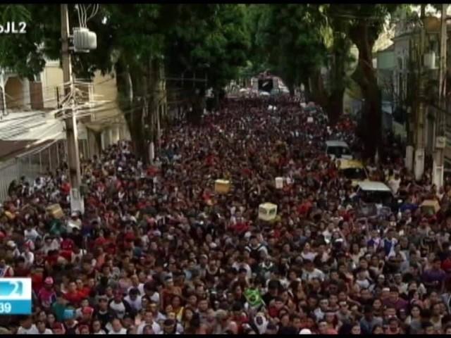 Milhares de pessoas participam da 20ª edição da Marcha para Jesus em Belém