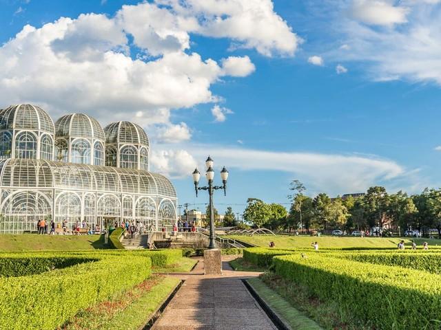 Passagens aéreas para Curitiba a partir de R$ 229 ida e volta