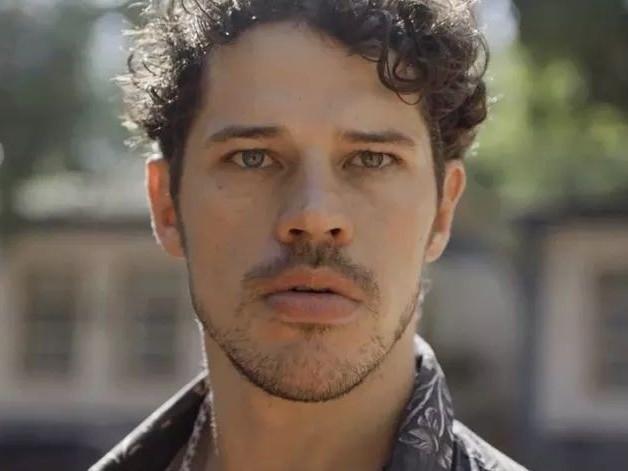 Com o fim de O Sétimo Guardião, José Loreto define seu futuro após polêmicas na Globo