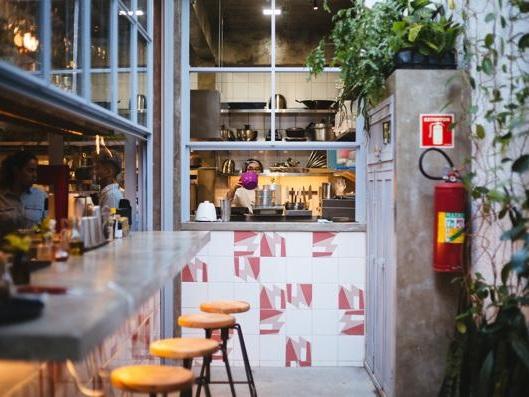 Novidade em Pinheiros, restaurante com culinária afetiva inspirada no Nordeste!