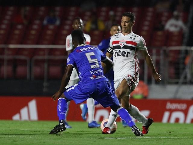 Diniz vê Hernanes diferente em 2020 e elogia postura de Pato no São Paulo