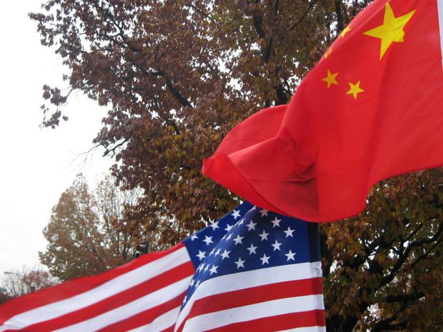 Comércio: China e Estados Unidos de regresso à mesa de negociações