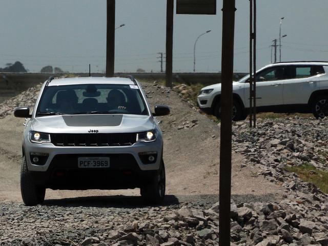 Recall: Jeep Compass é convocado por falha que desliga o motor