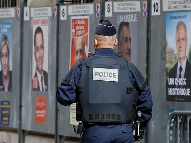 Explosão de padaria em Paris provoca 20 feridos