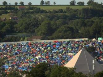 Glastonbury: cinco shows para para assistir pela web neste domingo