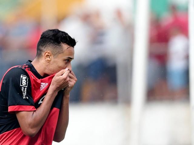 Flamengo vence a Portuguesa e está na final da Copinha