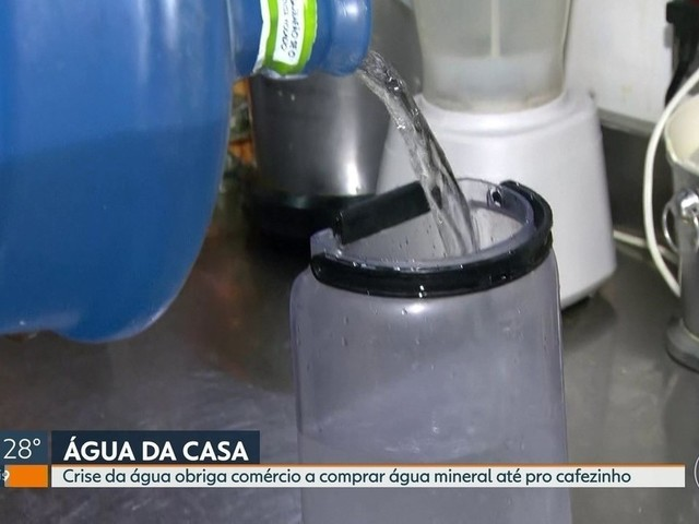 Problemas na água afetam funcionamento de bares e restaurantes do Rio