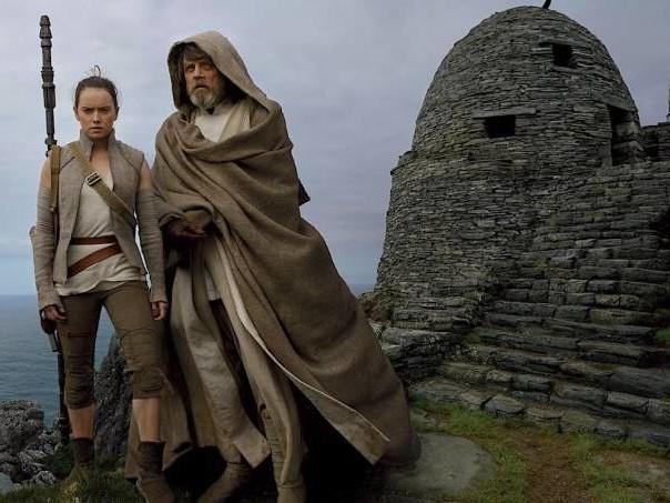 """""""Os Últimos Jedi"""": um """"Star Wars"""" que demora para engrenar"""