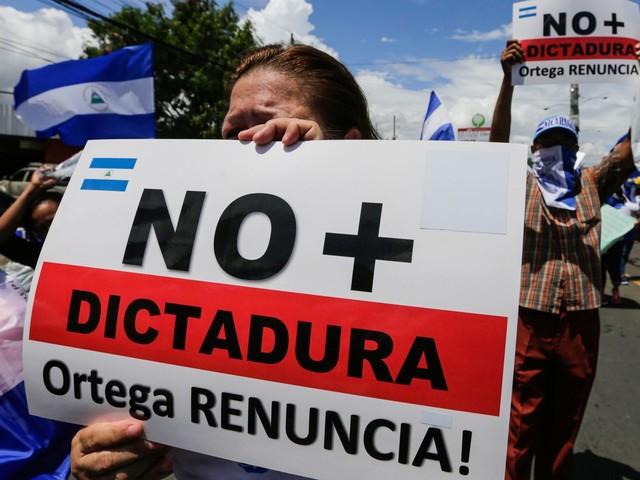Milhares protestam na Nicarágua por saída de Ortega e libertação de presos