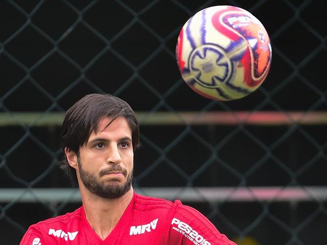 Hudson, Liziero e Farias não treinam e podem desfalcar o São Paulo