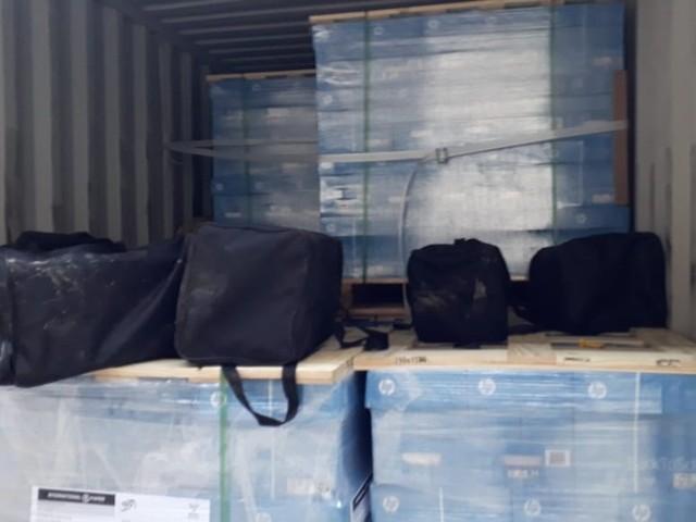 Alfândega apreende 329 kg de cocaína em carga no Porto de Santos, SP