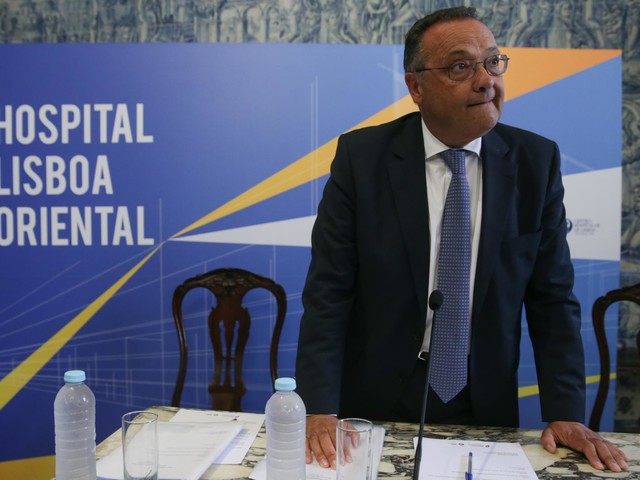 Ex-secretário de Estado admite processar TVI por devassa da vida privada