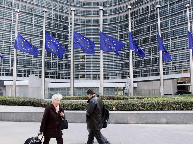 Candidato conservador à presidência da Comissão Europeia defende medidas migratórias mais duras