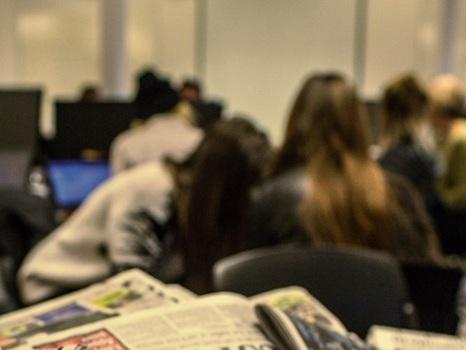 Pesquisa inédita revela o tamanho do machismo no jornalismo brasileiro