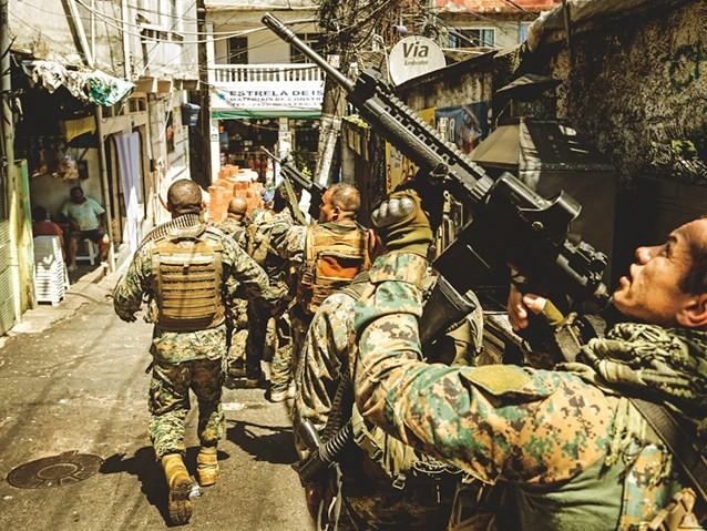 Intervenção no Rio: 4 meses de mais um fiasco de Michel Temer