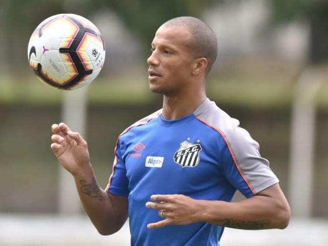 Sampaoli prepara Santos para clássico contra o Palmeiras com três poupados