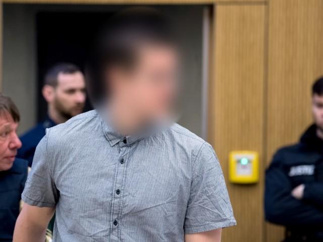 Waffenhändler muss nach OEZ-Anschlag sieben Jahre in Haft