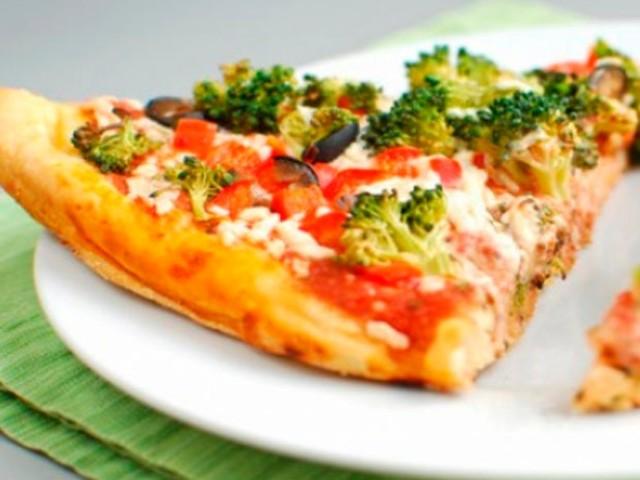 Vontade de comer pizza? Veja cinco receitas lights e permaneça na dieta