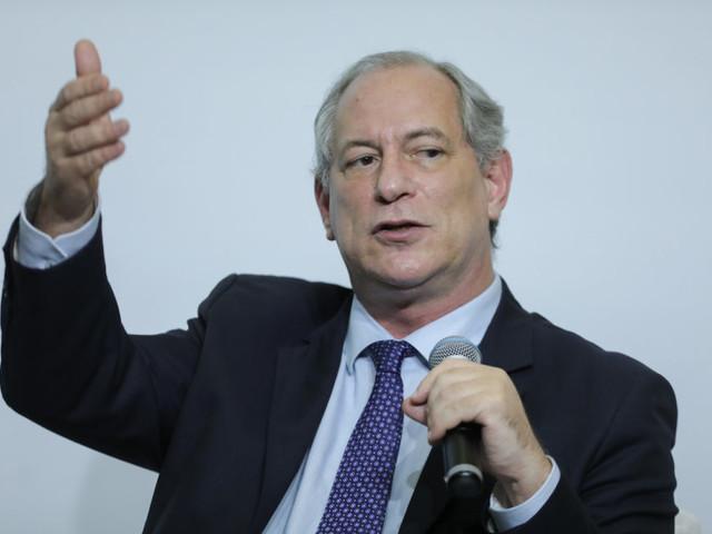 Ciro Gomes critica primeiros dias do governo Bolsonaro