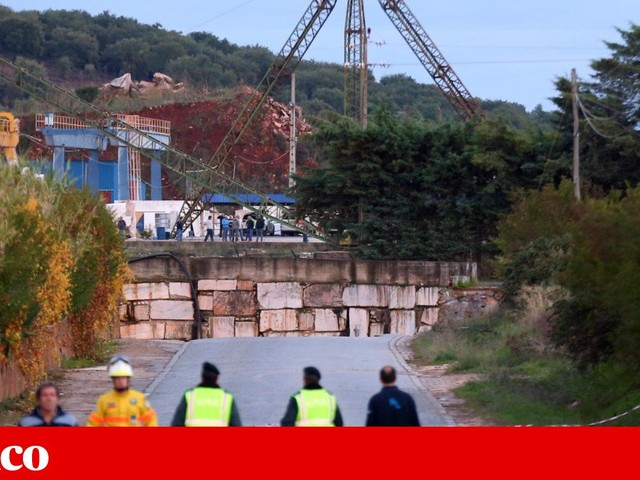 """Sindicato diz que número de pedreiras em situação crítica é """"surpreendente"""""""
