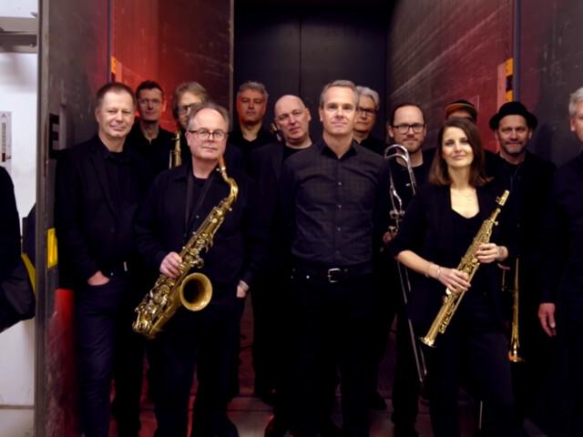 Vamos recomeçar… WDR Big Band