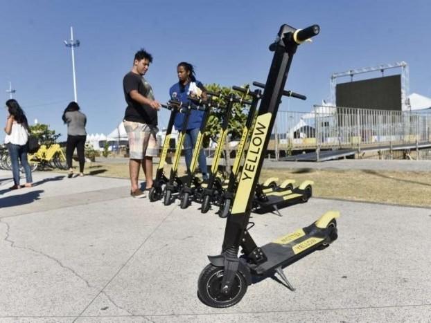 Yellow e Grin encerram aluguel de patinete em 14 cidades e retiram bicicletas