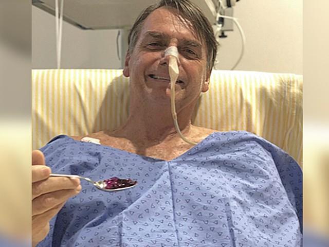 Bolsonaro retira dreno do abdômen e sonda nasogástrica, diz boletim médico