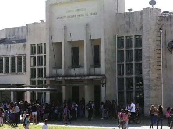 Porto Alegre não terá mais Ensino Médio e Técnicos na rede municipal