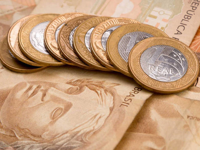Sem efeito da repatriação e do Refis, arrecadação da Receita sobe 4,2%