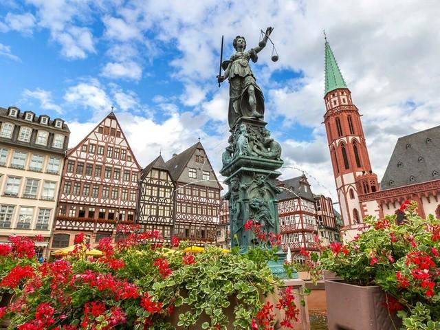 Alemanha chamando! Voos diretos para Frankfurt a partir de R$ 2.072 saindo de São Paulo!