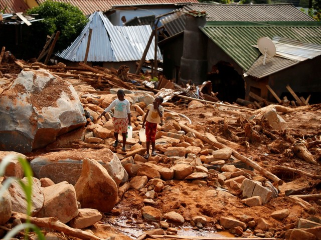 Sobe para 446 o nº de mortos após ciclone em Moçambique